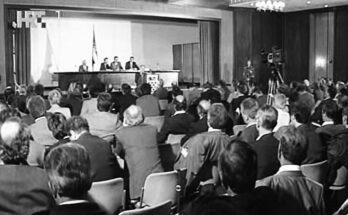 8. listopada 1991. Sabor je zasjedao u podrumskim prostorijama zgrade INA-e u Zagrebu